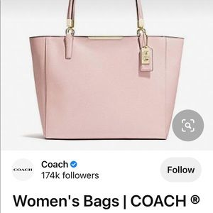 Coach tote bag💯% Authentic💥Good as new. Coded n all with companies tags.